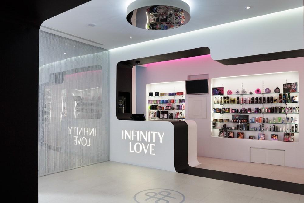 identidad espacio interiorismo marca behind infinity love